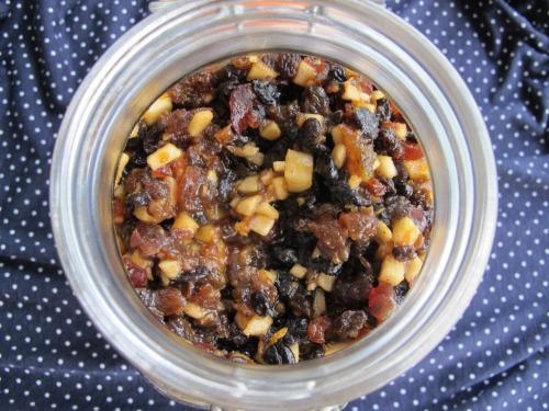 Fruit mince in a jar