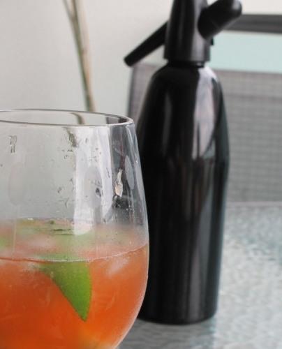 Strawberry vodka spritzer