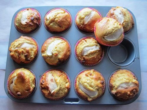 Apple, custard and white choc muffins