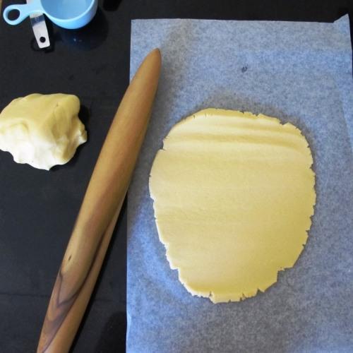 Rolling sugar cookies